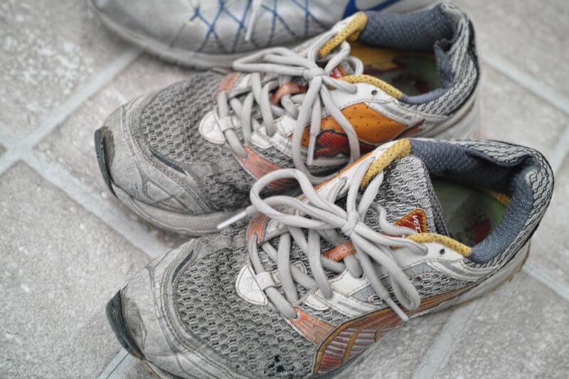 洗濯前の靴