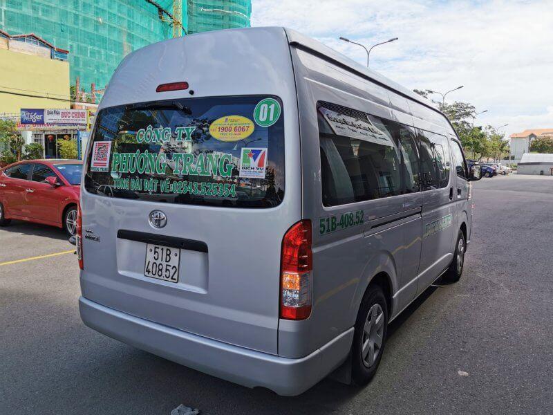 FUTA Bus Lines / Phuong Trang
