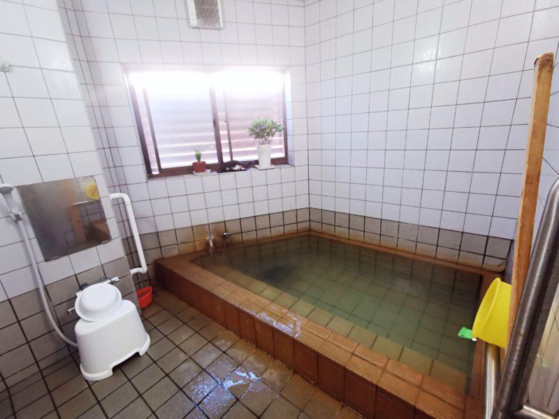 「民宿たかよし」のお風呂(温泉)