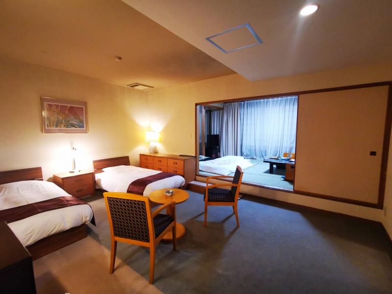 ホテル石庭の和洋室